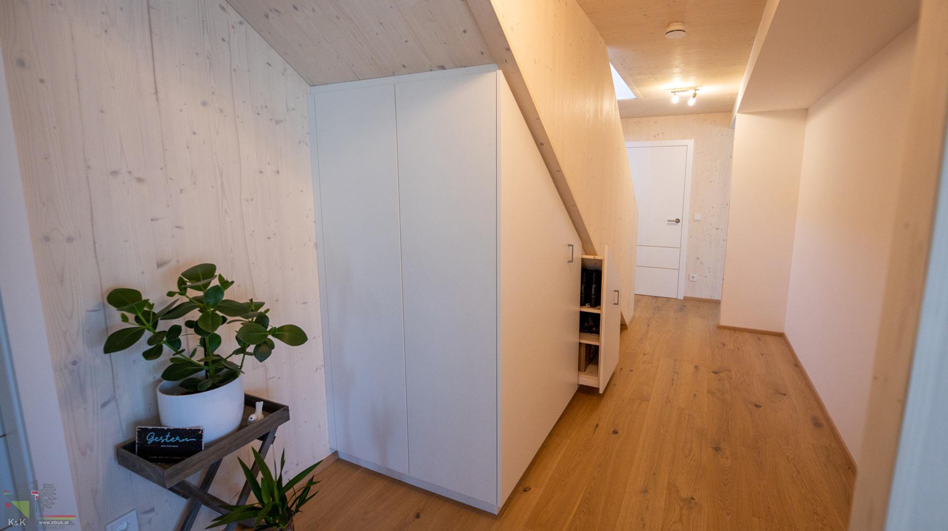 Holzbstiege Einfamilienhaus