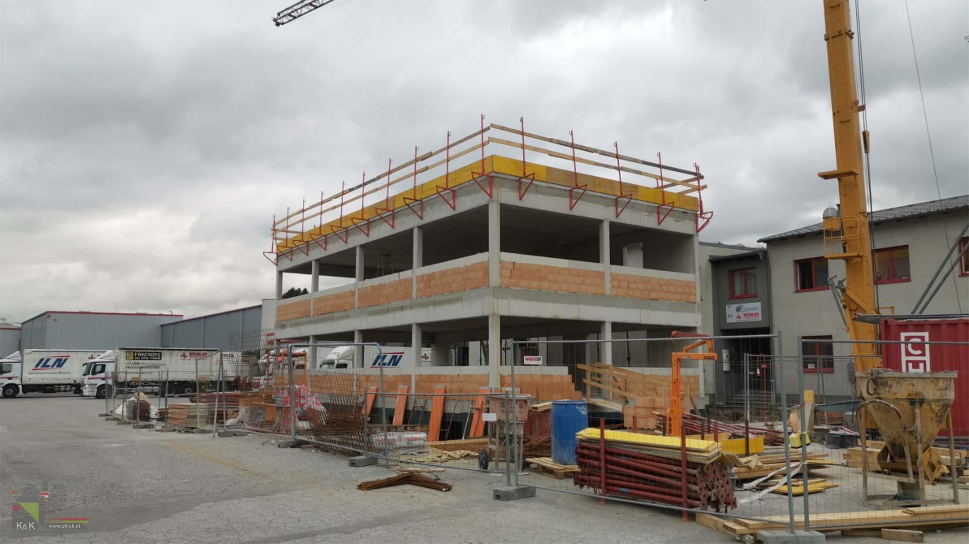 Baustelle Zubau Bürogebäude